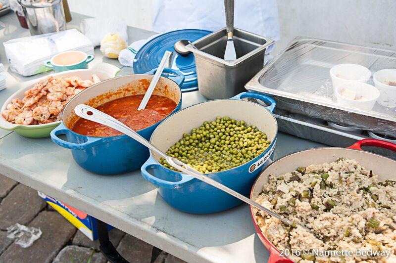 Pots of food.jpg
