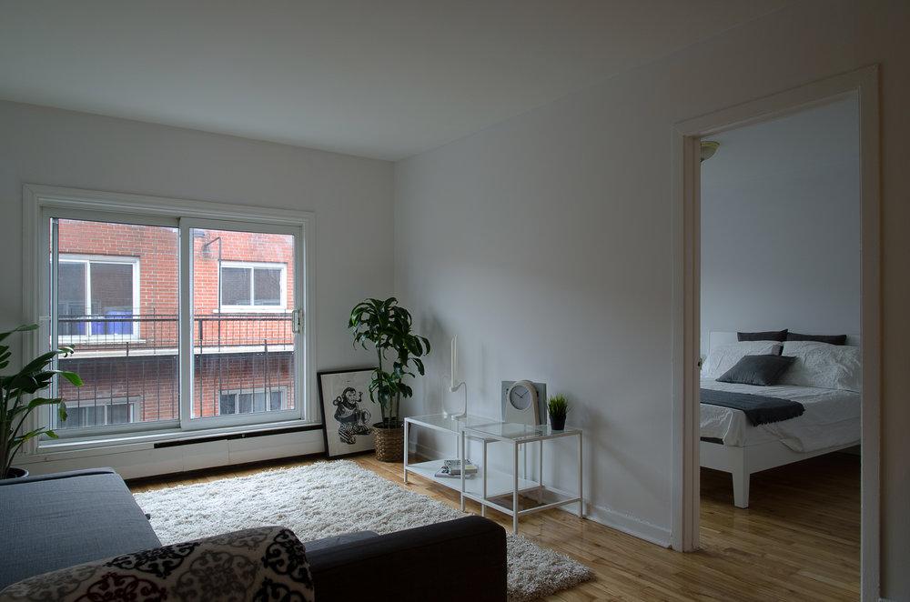 Des appartements qui illuminent vos journées.    450.286.0288    Voir les appartements