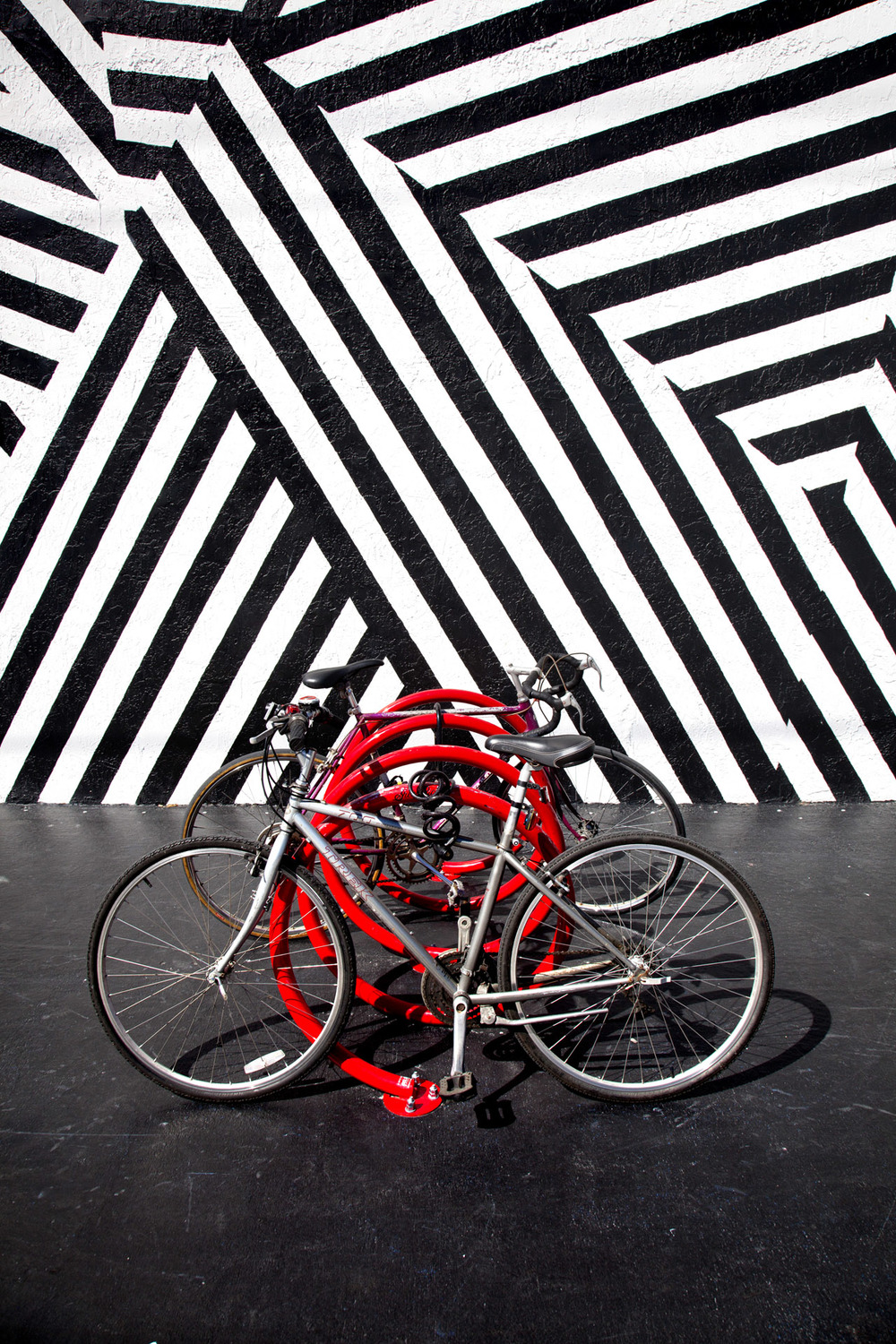 Decobike red web.jpg