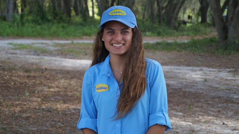 Maria Gabriela Crespo estudiante de Publicidad y Relaciones Publicas en Broward College y es staff de Guaikinima luego de certificarse como guía en 2016.