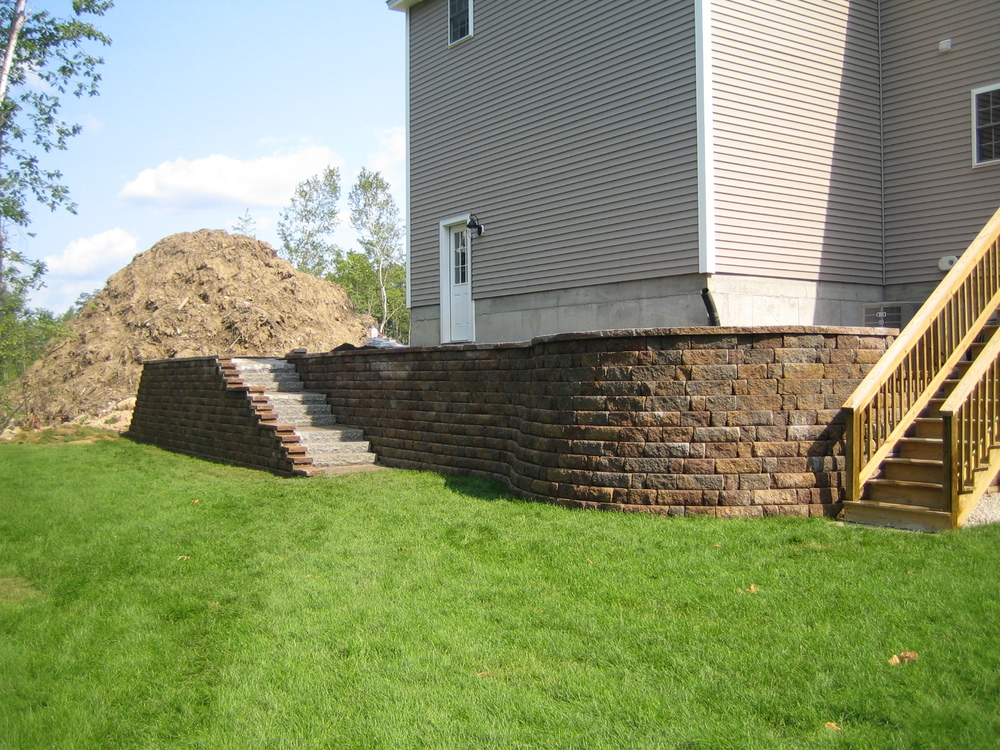 after pic 8a Highlandstone wall with granite steps.jpg
