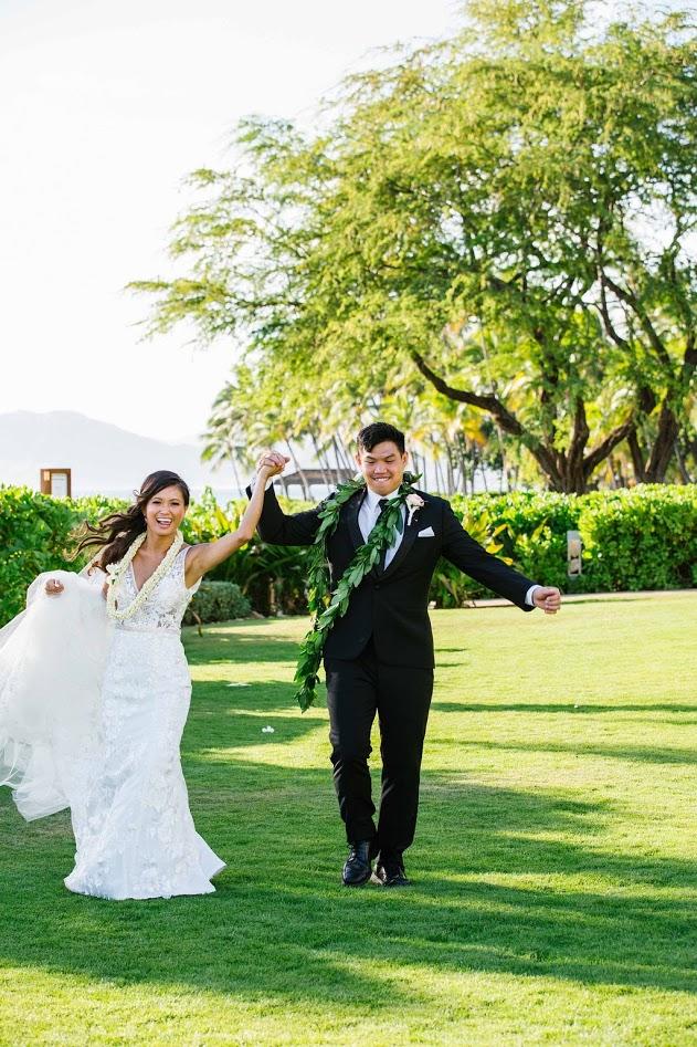 hawaii-makeup-artist-oahu-wedidng-makeup-maui-makeup-and-hair-lanai-makeup-artist-kauai-wedding hair-2.jpg