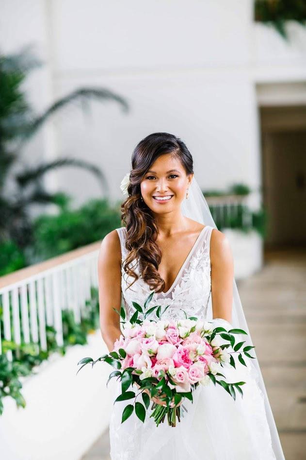 hawaii-makeup-artist-oahu-wedidng-makeup-maui-makeup-and-hair-lanai-makeup-artist-kauai-wedding hair-8.jpg