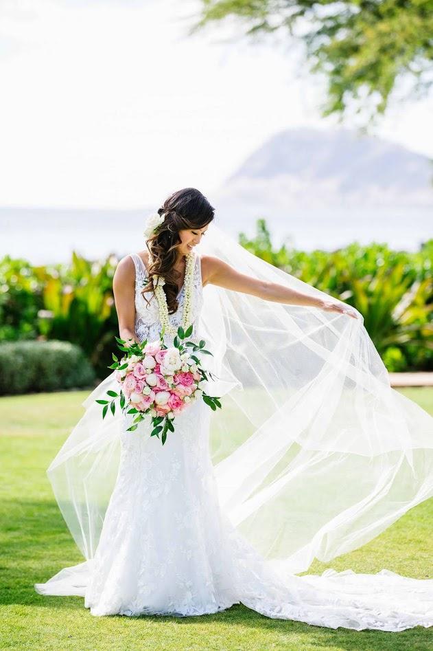 hawaii-makeup-artist-oahu-wedidng-makeup-maui-makeup-and-hair-lanai-makeup-artist-kauai-wedding hair-9.jpg
