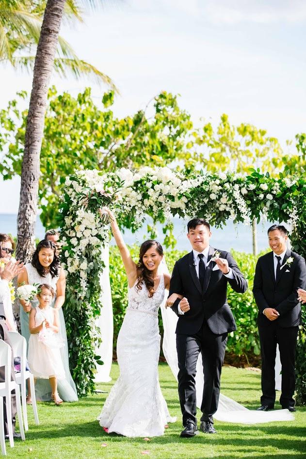 hawaii-makeup-artist-oahu-wedidng-makeup-maui-makeup-and-hair-lanai-makeup-artist-kauai-wedding hair-10.jpg