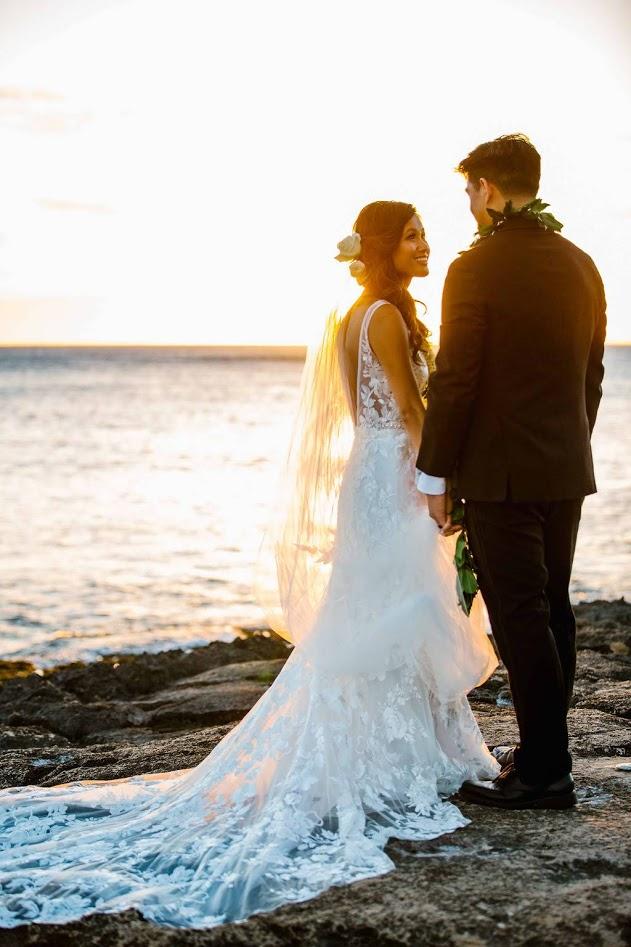 hawaii-makeup-artist-oahu-wedidng-makeup-maui-makeup-and-hair-lanai-makeup-artist-kauai-wedding hair-11.jpg