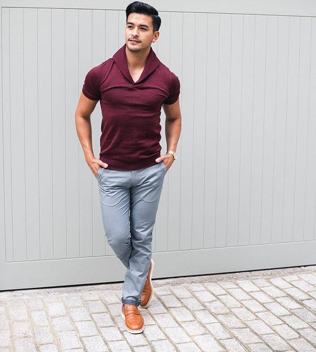 Get ready for the autumn/winter weekend like fashion blogger David Calderon of @driftingdcal wearing the Elliot in Claret.  #mensfashion #men #menswear #mensweardaily #knitwear #polo #tshirt #merino #merinowool #gentleman #gentlemen #weekend #fallfashion #winter #winterfashion #winteriscoming #claret #weekend #saturday #slowfashion #british #britishstyle #madeinuk #🇬🇧 #london #gq #gqstyle #fashion #fashiongram #instafashion