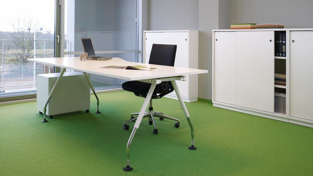tretford Teppich unterstreicht mit seinem großen Farbspektrum und der unverkennbaren Rippenstruktur, jede Raumgestaltung - ob Büro, Aufenthaltsraum, Eingangsbereich oder Cafeteria.