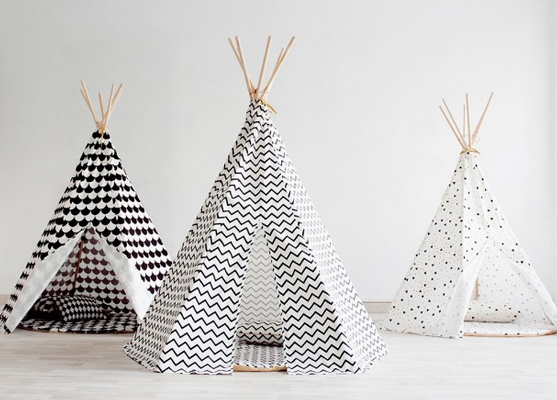 Nobodinoz Teepees in Arizona black scales, Arizona zig zag and Arizona black honey sparks