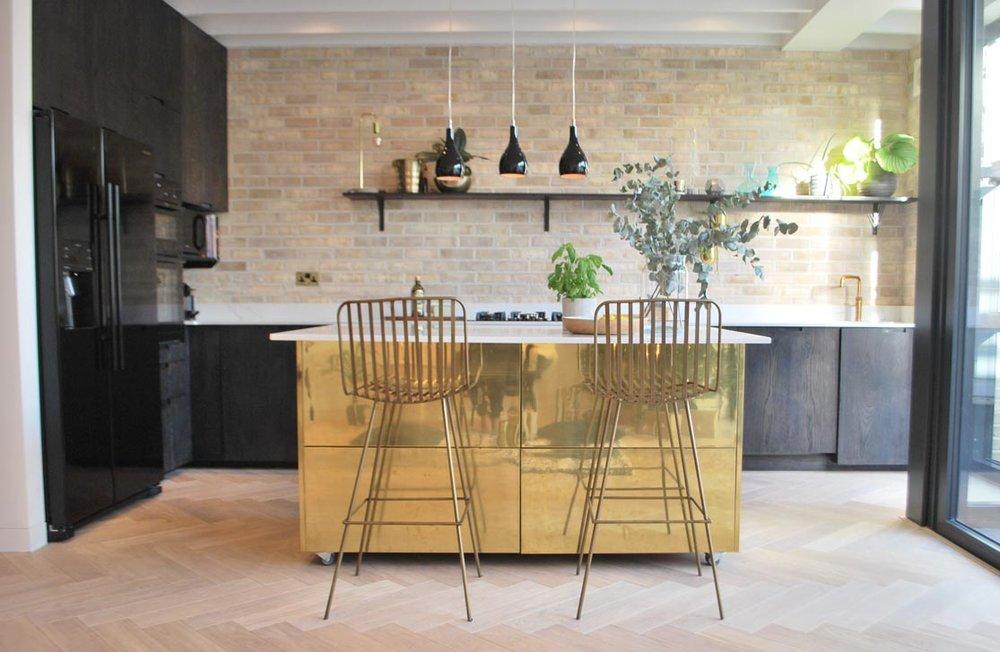 tashsouth.com brass Island kitchen diner