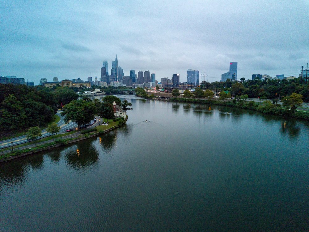 Boathouse Row provides excellent skylines views and safe VLOS flying