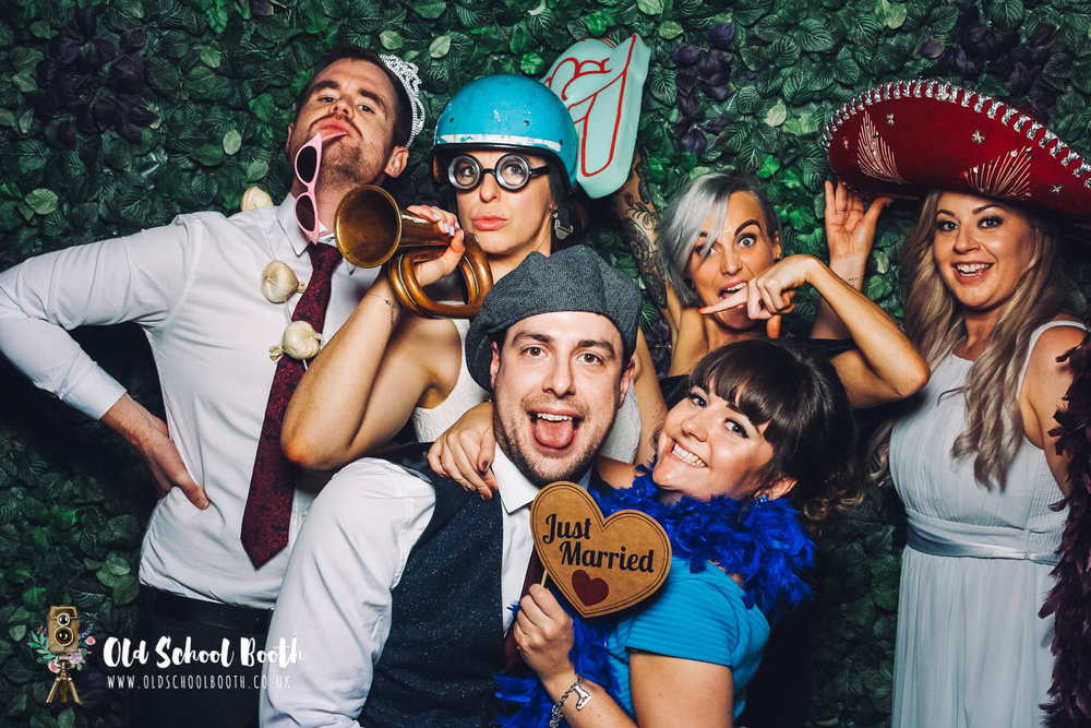 wedding vintage photo booth-11.jpg