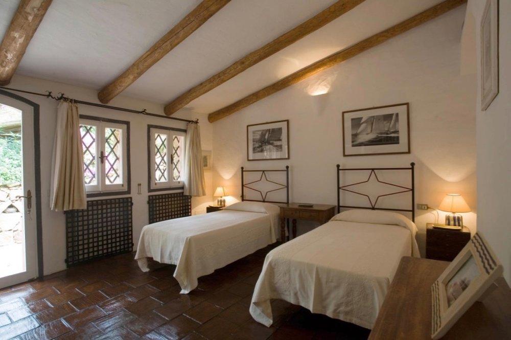 VillaBedroom-24.jpg