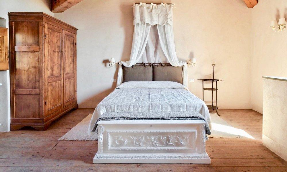 BedroomAlta1a.jpg