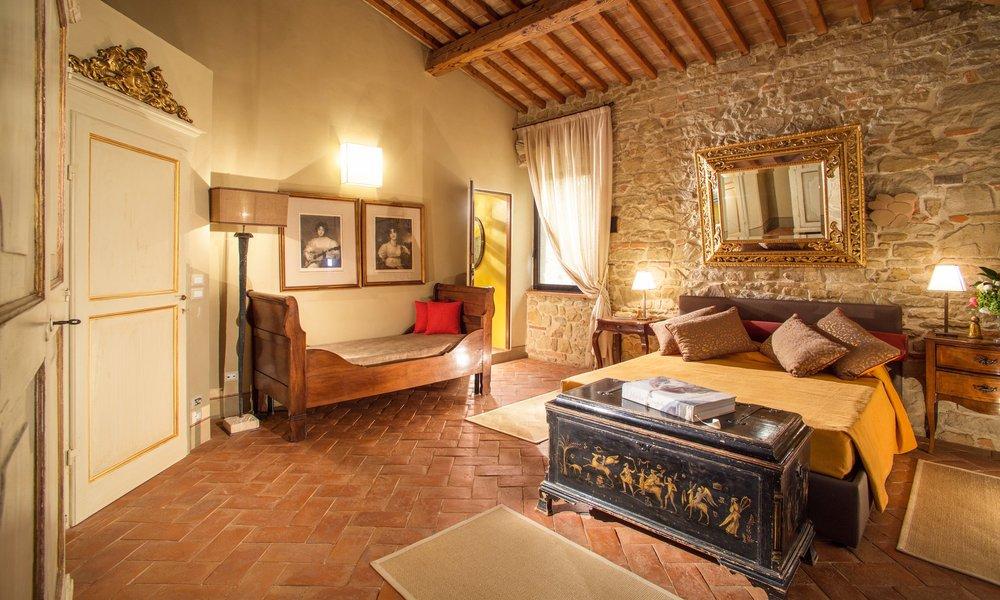 Villa_Bedroom_10.jpg
