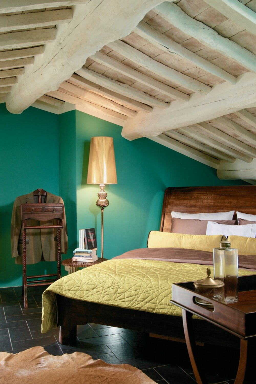 BedroomTurquoise_01.jpg