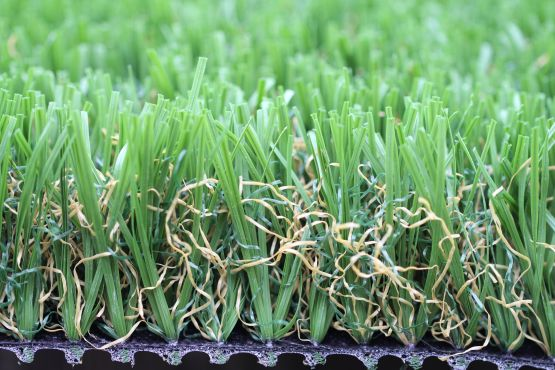 artificial-grass-emerald-92-stemgrass-1810.JPG