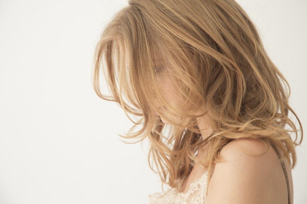 Peachy hair side view.jpg