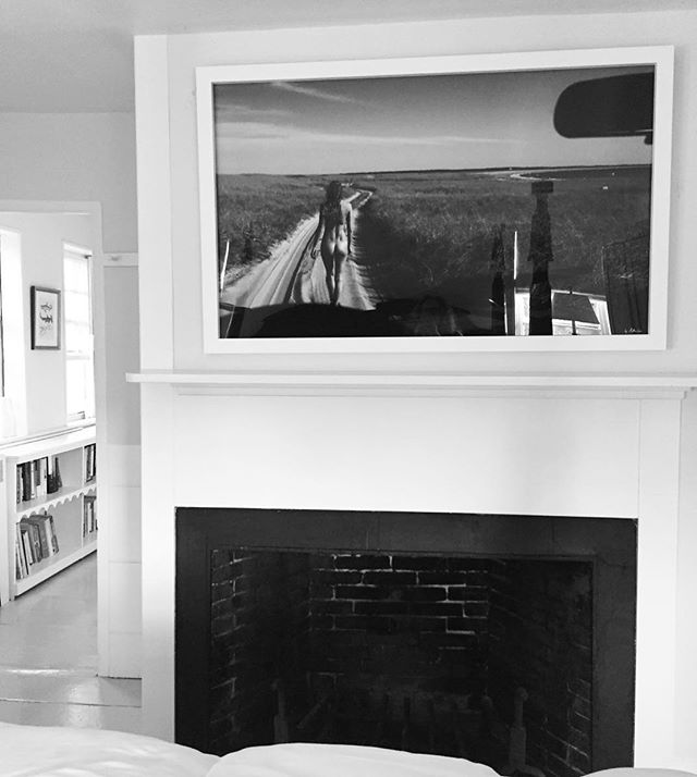 Newest install of The Road Less Travelled in this beautiful bedroom above the fireplace. Love it when a piece finds a perfect home 🙏. Thank you. . . . . #nathancoe #kaganandcoe #classicnude #artnudes #uniquephotography #nantucketart