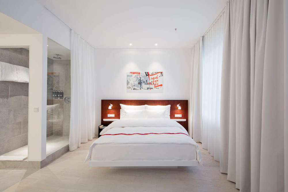 Ruby_Marie_Hotel_Vienna_-_Wow_Room_1.jpg