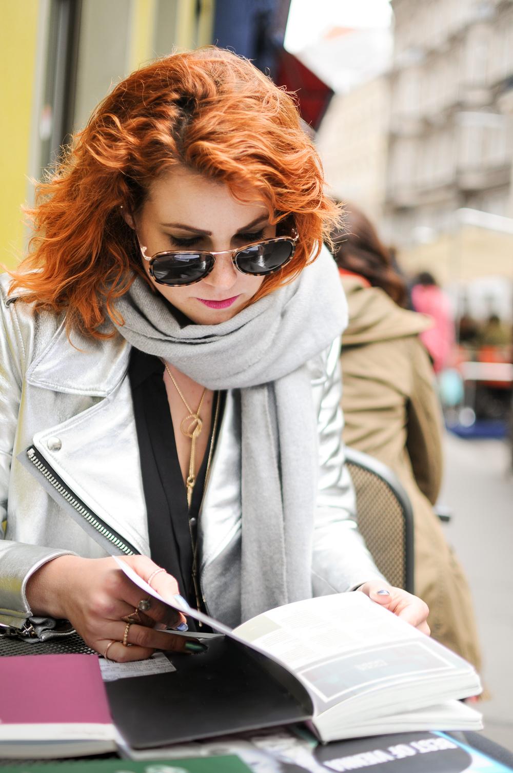 Autorin, Cecilia Capri