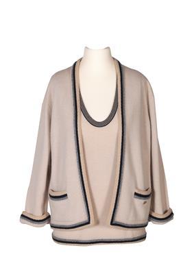 Chanel-Twinset-aus-der-Autumn-Collection-2005.jpg