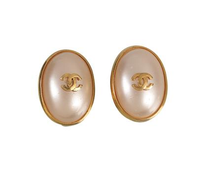 1-Paar-ovale-Chanel-Ohrclips.jpg