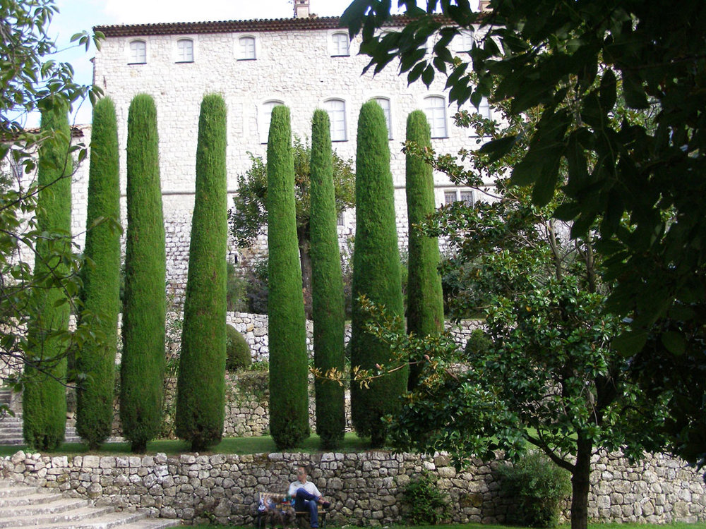 gourdon_garden_france_original.jpg