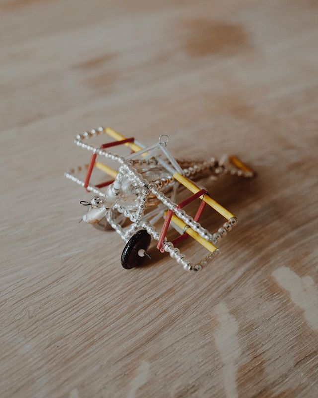 How Pavillon does Christmas decoration 🌟🎄✨ handmade vintage planes (1970) designed in Böhmen now for sale in our vintage section 👉 € 24,- per piece 🛩