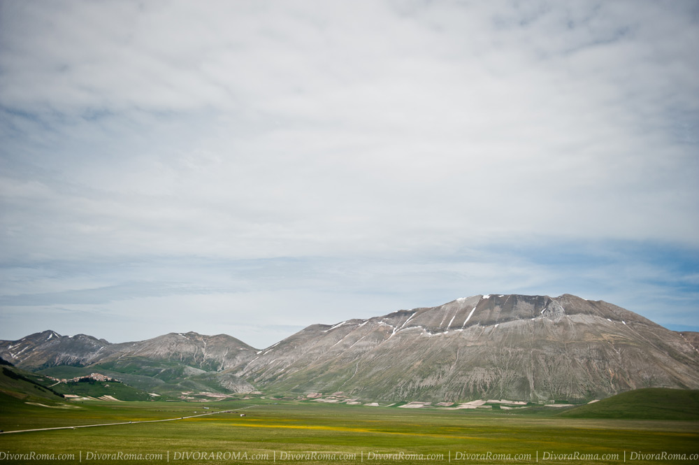 0083-castelluccio-umbria-divoraroma-before-earthquake.jpg