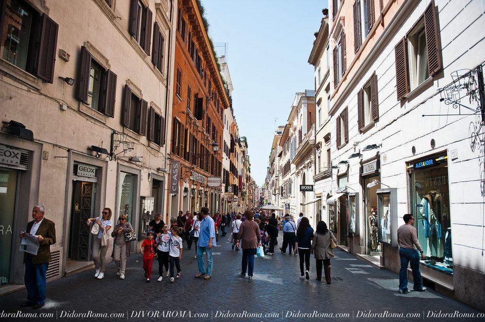 00162-DivoraRoma-Italy-Travel-Photography-by-MoscaStudio-ONLINE.jpg