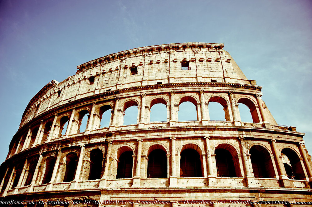 The Colosseum (Flavian's Amphitheater), Rome, Italy (Images by Alice Falzone for DivoraRoma)