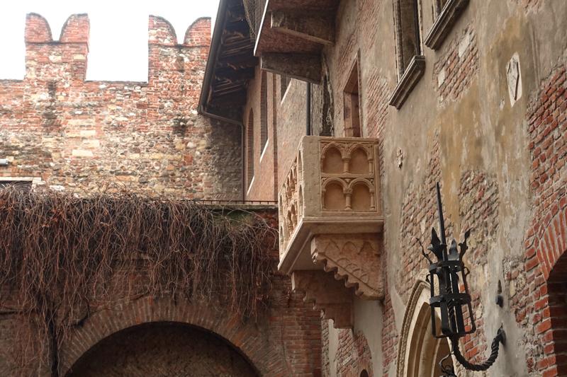 """3.4.18. Verona - """"Juliet's Balcony"""""""