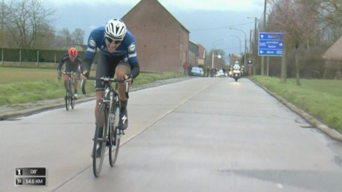 Terpstra goes solo leaving Scott Thwaites behind.
