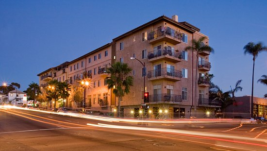 Hawthron Place  - Little Italy (San Diego, CA)   Residential and commercial condominium project completed in 2004.