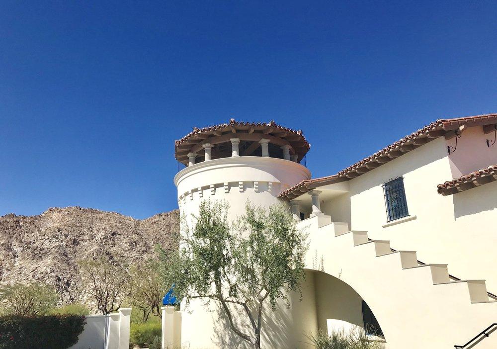 Great architecture and scenery @LegacyVillas La Quinta