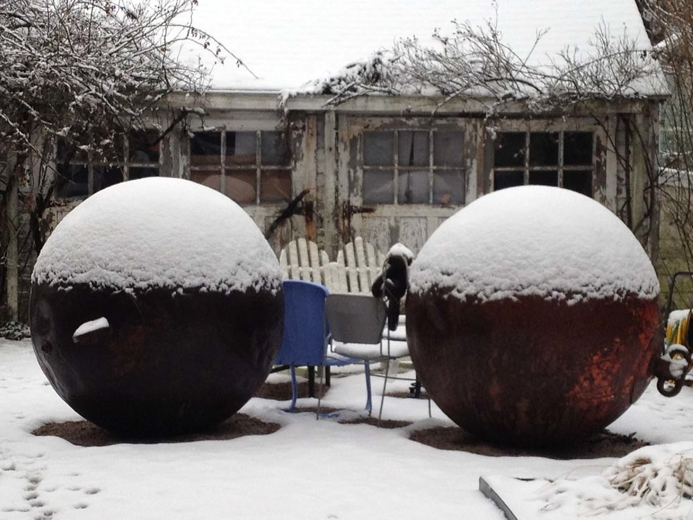 10-FB_SnowBalls1.JPG
