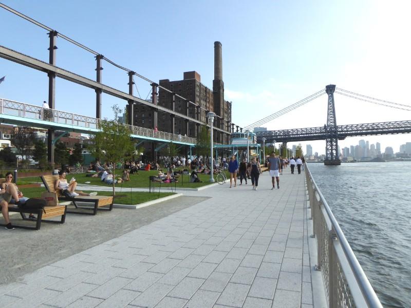Pedestrian promenade along East River waterfront