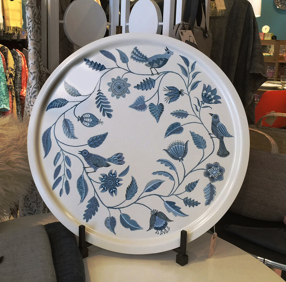 Blue Blossom  pattern, 26 inch round