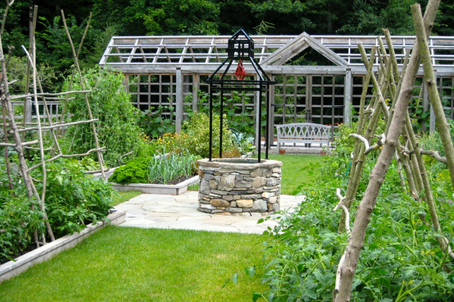 Rockland Farm  comprises a variety of areas that flow one from another over about ten acres of property with a sequence of garden rooms behind the house.  Garden Tour: Sunday, July 17, 10:00am - 4:00pm, Canaan, NY