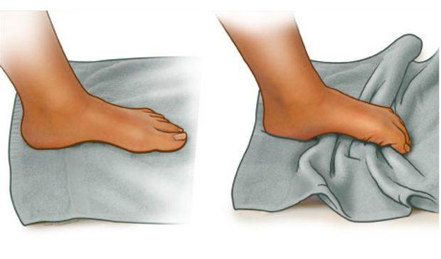 Ejercicio de toalla para mediopie