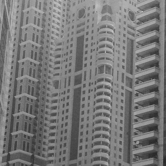 #dubai #monoliths