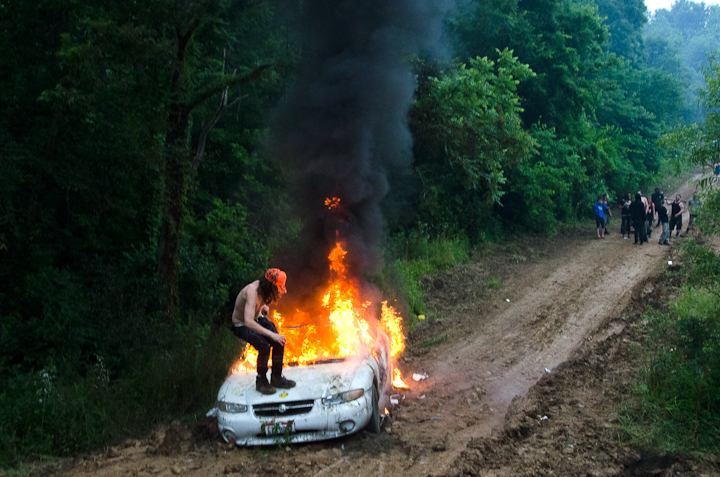 stacykranitz: car on fire - Rutland, Ohio