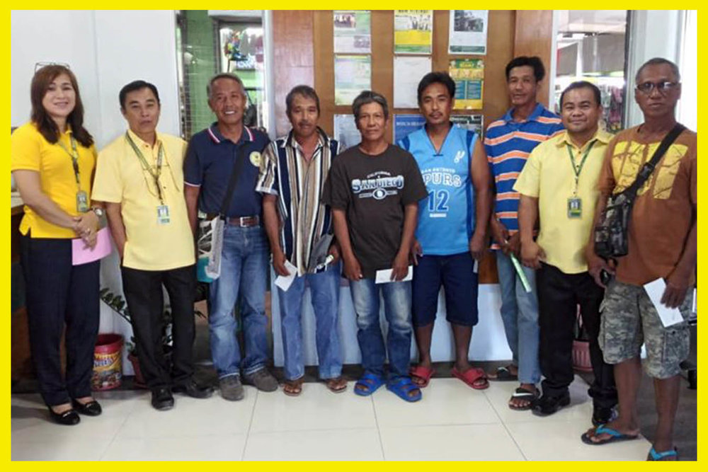 Farmers from Narvacan, Ilocos Sur grateful to receive their PCIC Claim led by Area Manager for North Branches Rowena Rosales and Senior Manager Dennis Dosono