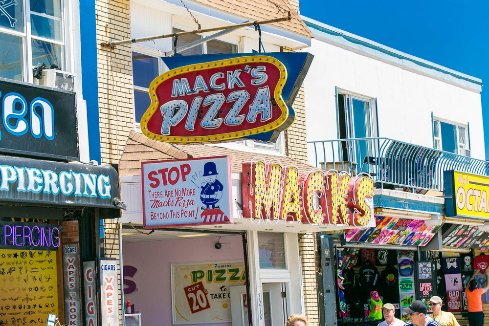 Last Mack's Pizza