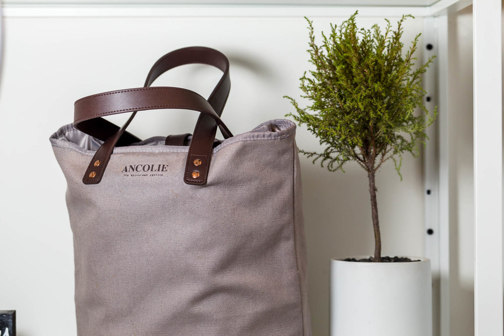 Snag this snazzy tote for your salads and you can walk out with no waste at all!
