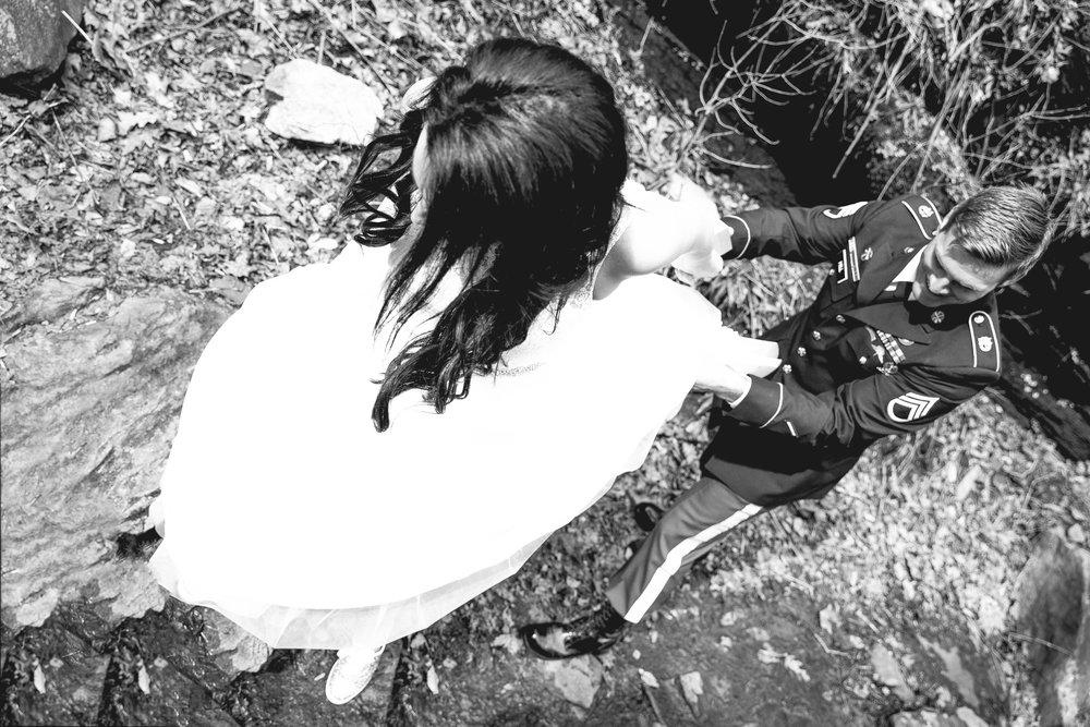 Anna & Dustin-11.jpg