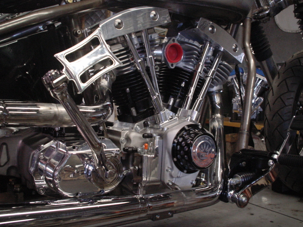 S&S Shovelhead engine, 6 Spd Kicker