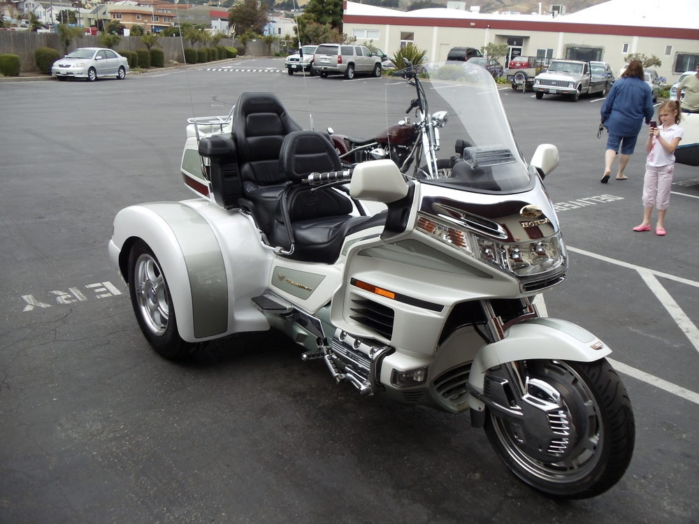 Honda Gullwing Trike Conversion
