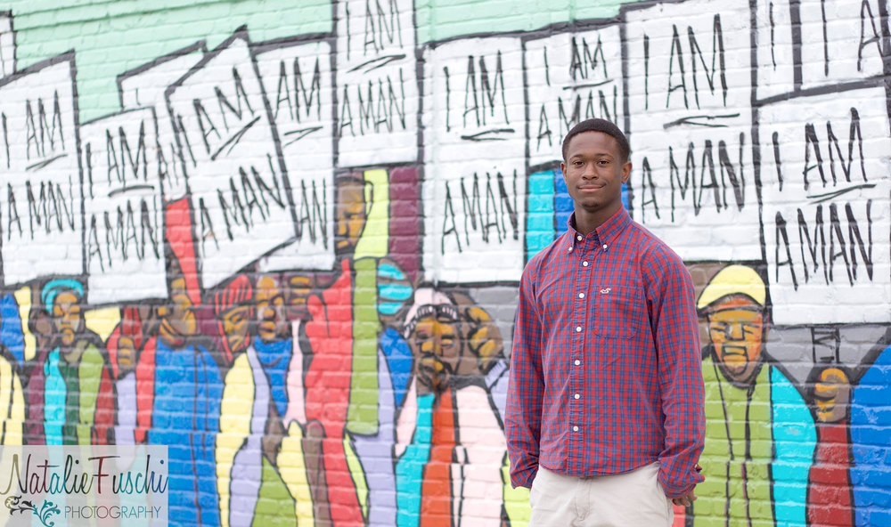 Downtown-Memphis-Senior-Photographer.jpg